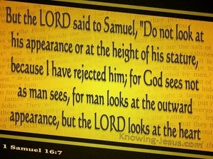 1 Samuel 16:7 God Looks On The Heart (gold)