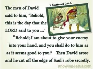 1 Samuel 24:4  David Cut Off Saul's Robe (green)