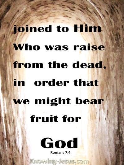 Romans 7:4 Dead To The Law (beige)